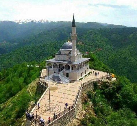 Qibla Mountain Mosque