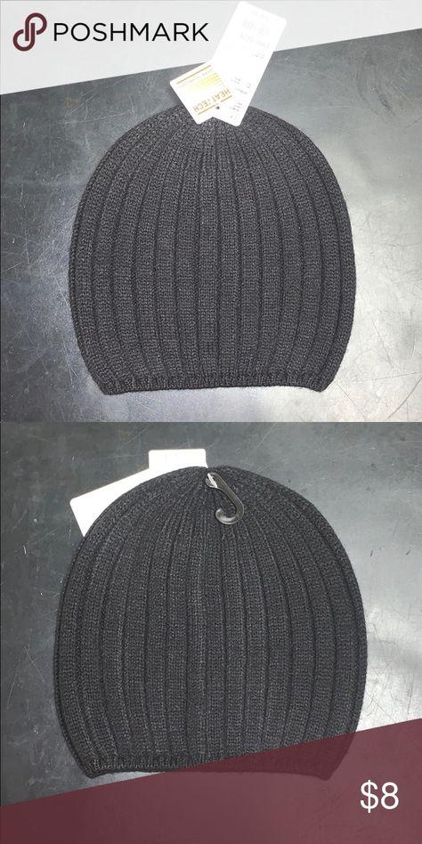 6d28cb8ee5c Women s HEAT-TECH Knitted 🧶 Beanie🧢 BRAND NEW !! Women s HEAT-TECHNOLOGY Knitted  Beanie ! Uniqlo Accessories Hats