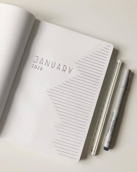 Minimalist Bullet Journal inspiration that will increase productivity, organization and time management. Bullet Journal cover page, monthly log, habit tracker, weekly spreads and tons of other pages.