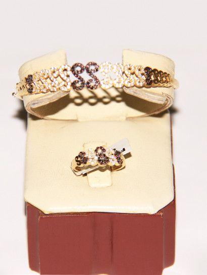 نصف طقم ذهب عيار 18 نصف طقم ذهب أسورة وخاتم خصم 15 على المصنعية Jewelry Jewelrymaking Love Women Gold Gold Wedding Rings Engagement Rings Engagement