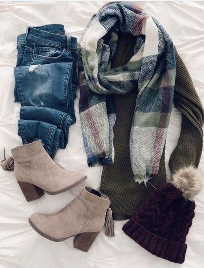 I love everything from the ankle boots to the checkered scarf .- Ich liebe alles von den Stiefeletten bis zum karierten Schal und alles dazwische… I love everything from the ankle boots to the plaid scarf and everything in between … – # - Mode Outfits, Casual Outfits, Fashion Outfits, Womens Fashion, Fashion Hats, Fall Winter Outfits, Autumn Winter Fashion, Winter Clothes, Casual Winter
