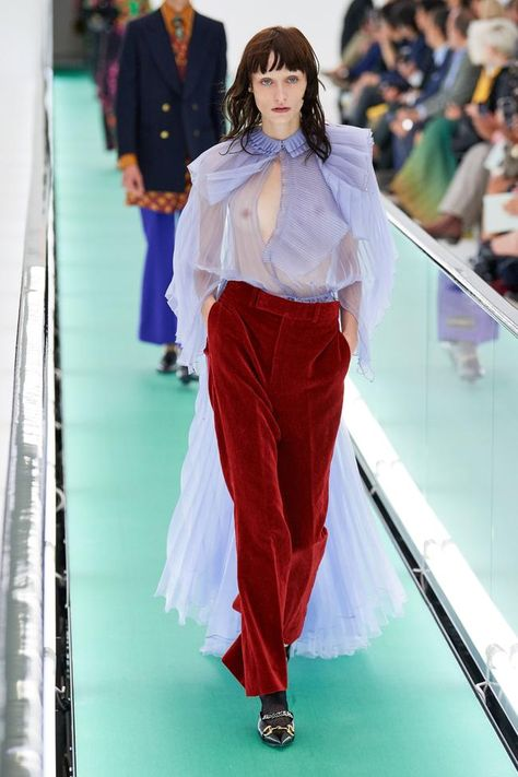 Gucci Spring 2020 Ready-to-Wear Fashion Show Collection: See the complete Gucci . Gucci Spring 2020 Ready-to-Wear Fashion Show Collection: See the complete Gucci Spring 2020 Ready-to-Wear collection. Look
