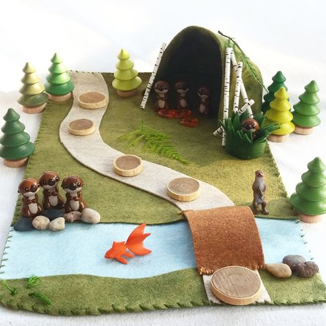 Whimsical Ways: More Otter Play Ideas Felt Play Mat, Play Mats, Mini Mundo, Art For Kids, Crafts For Kids, Felt House, Small World Play, Fabric Toys, Waldorf Toys