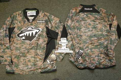 689551bd6 MINNESOTA WILD CAMOUFLAGE REEBOK PREMIER NHL ICE HOCKEY JERSEY X-LARGE NEW  2013. FREE POSTAGE! BE THE FIRST TO OWN THIS JERSEY IN YOUR AREA!