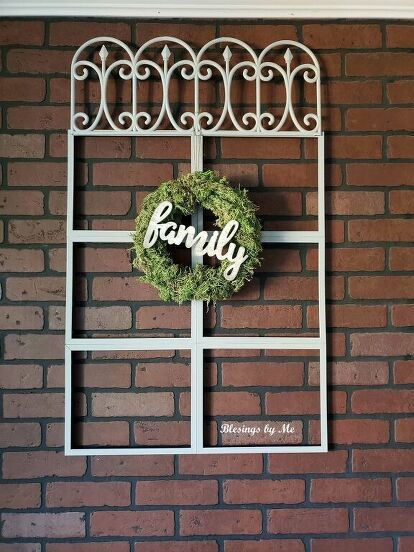 If you love Joanna Gaines. but are decorating on a budget then you'll love this farmhouse window idea made from items you can find at your local dollar store. This easy and cheap idea is perfect if you want a faux iron rustic window wall decoration. #diy #farmhouse #decor