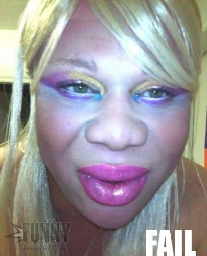 Too much makeup? - funny pictures - funny photos - funny images - funny pics - funny quotes - #lol #humor #funny
