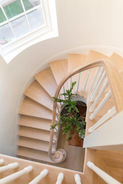 Sea Cliff Preppy Contemporary Design Your Dream House Small House Decorating Staircase Design