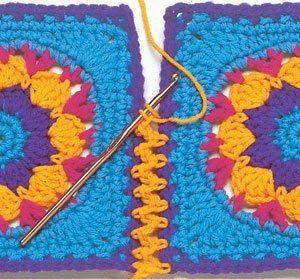 Como unir flores de crochê passo a passo