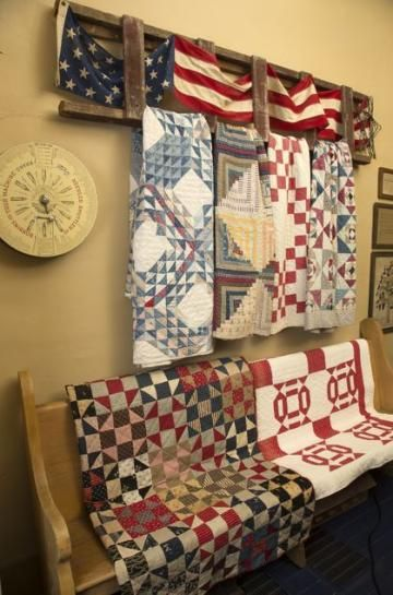 9 best Ways to display quilts images on Pinterest | Quilt racks ... : ways to display quilts - Adamdwight.com