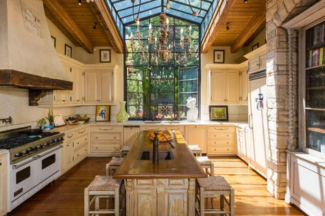 Celeb home tour: Sela Ward's bright Bel Air family home - Style At Home