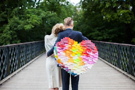 DIY: How to make a post-it heart pinata. #ASubtleRevelry