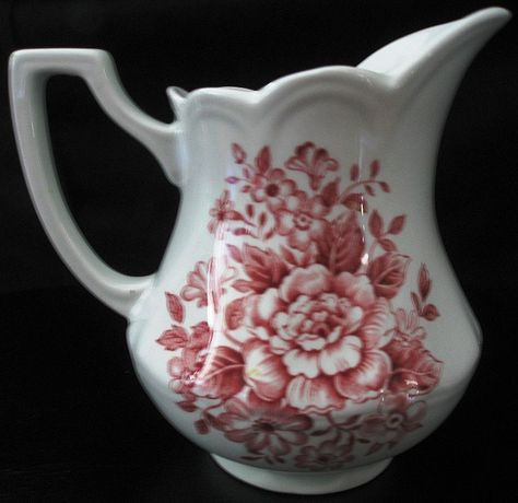 J & G Meakin Royal Staffordshire Ironstone Avondale Creamer I got rid of so many of my creamers, but I just can't escape the allure, especially transferware!