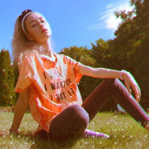 "Julia Malska on Instagram: ""🦋🤍 * #aesthetic #polskadziewczyna #poland#polska#instagood #instaphoto #l4l #f4f #photo #ponytail #blonde #nature #girl"""