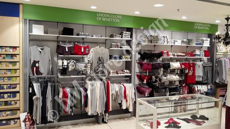 a0ad90c47e6 Η KM store design ολοκλήρωσε με επιτυχία τον σχεδιασμό, τη διακόσμηση και  την επίπλωση του δευτερου καταστήματος παπουτσ… | Έργα επίπλωσης  καταστημάτων ...