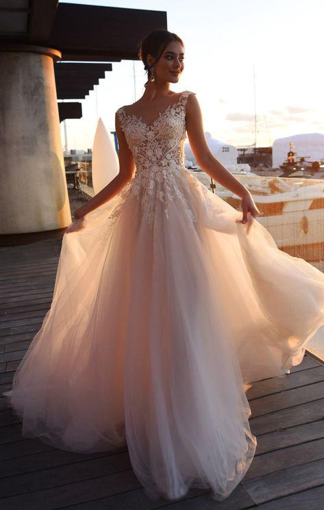 Gorgeous Spring Wedding Dresses