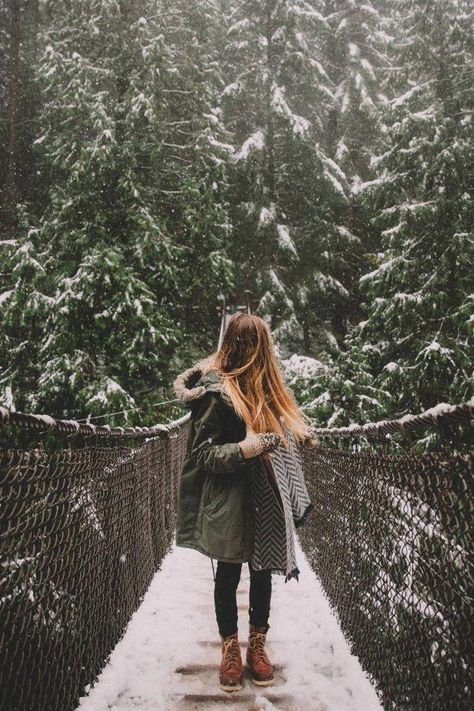 40 Essentials For Every Winter Travel Packing List &; The Mandagies 40 Essentials For Every Winter Travel Packing List &; The Mandagies Brigitte Pauli Photography 40 Essentials For Every Winter […] outfit travel Winter Travel Packing, Packing List For Travel, Vacation Packing, Snow Travel, Travel Checklist, Vacation Outfits, Winter Wonderland, Photography Winter, Travel Photography