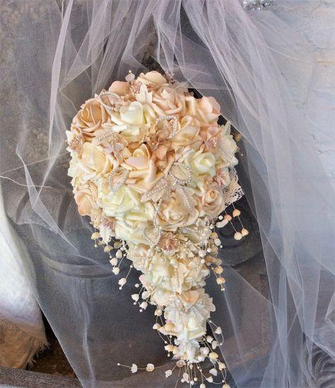 Bouquet Cascata Sposa.Bianco Bridal Bouquet Rustico Abito Avorio Bridal Bouquet Cascade