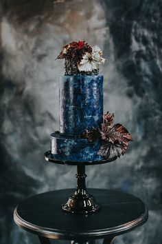 Over the Moon themed wedding inspiration - 100 Layer Cake