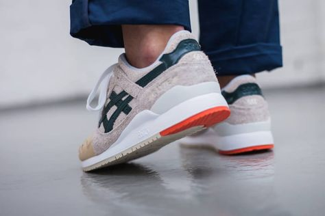 incredible prices for whole family 50% off chaussure-asics-gel-lyte-3-x-mas-birch-hampton-green-on-feet-homme ...