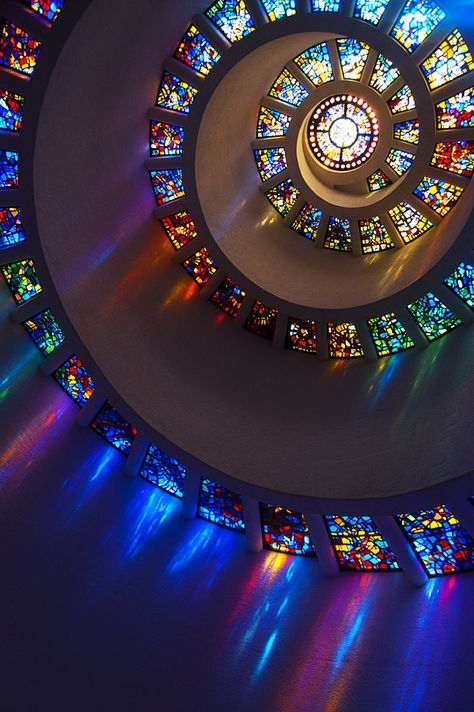 A quaint little chapel I found in downtown Dallas. Photo by Connor Monsees 'Glory Window', one of the largest horizontally mounted stained glass pieces in the world ~ Chapel of Thanksgiving, Dallas TX