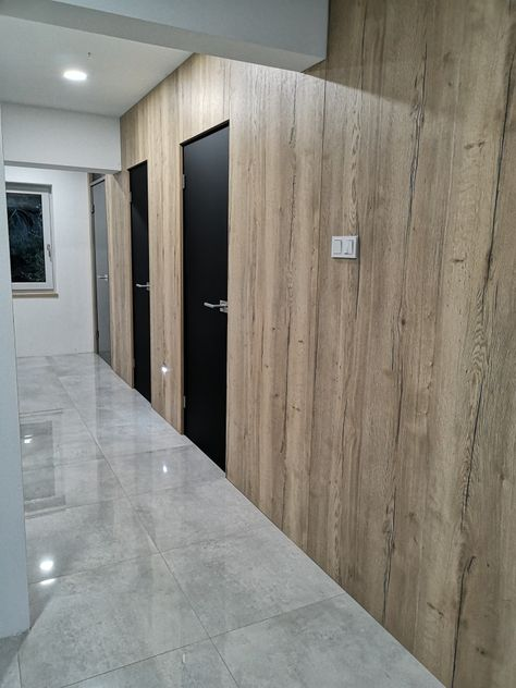 Tubadzin Glass Door Matelux Grey Wood Wall Halifax Egger
