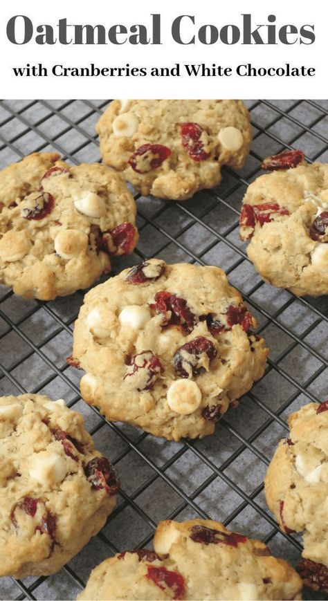 These Oatmeal Cookies with Cranberries and White Chocolate are so soft, chewy and moist. I am enjoying a bite after bite of this deliciousness, and cannot have enough of it… They have a perfect sof… (white chocolate chip cookies) Biscuits, Oatmeal Cookie Recipes, Cranberry Oatmeal Cookies, Oatmeal Craisin Cookies, Oatmeal Cake, White Chocolate Chips, Chocolate Oatmeal, Chocolate Drizzle, Chocolate Chocolate