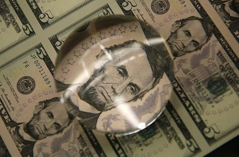 Forex Signals - Dollar Climbs as Hong Kong Security Law Revives U.S.-China Tension