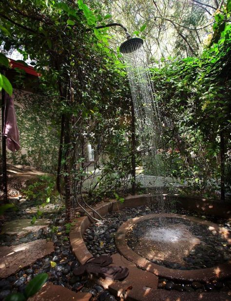 40+ Incredible Outdoor Shower Spaces That Take You To Urban Paradise Ideas