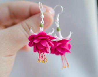 Sunflower Earrings Yellow Flower Studs Sunflower Wedding Etsy In 2020 Flower Jewellery Fuchsia Flower Flower Gift