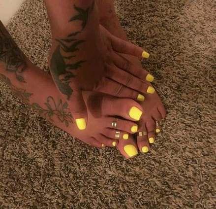 Pedicure ideas summer beach toes nail polish 46 ideas
