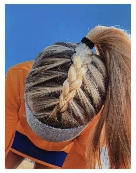 Cute Hairstyles For School, Cute Simple Hairstyles, Easy Hairstyles For Long Hair, Teen Hairstyles, Medium Hairstyles, Celebrity Hairstyles, Hairstyles For Volleyball, Cute Sporty Hairstyles, Wedding Hairstyles