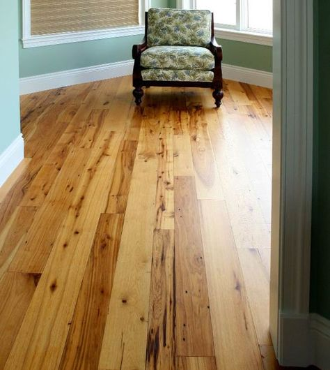 Charmant Reclaimed Wood Floors Are Full Of Character Which May Include Worm Holes,  Nail Holes, Knots, Weathered Cracks, And A Patina That Can Only Be Achieved  By ...