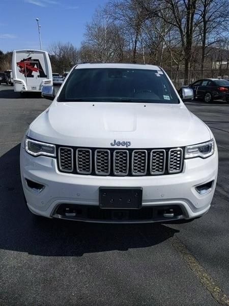 Salvage 2017 Jeep Grand Cherokee Overland Grand Cherokee