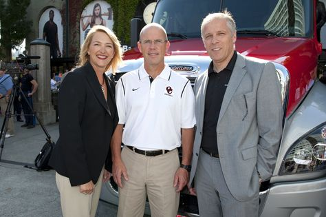 Daimler Trucks North America Dtna Announced The Launch Of The