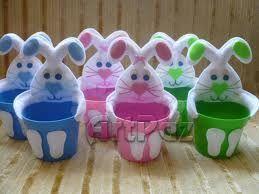 6 moldes dulceros en foami con forma de conejo