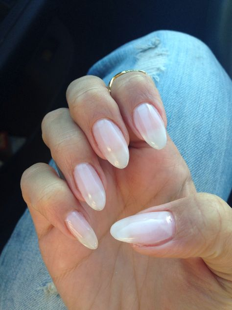 Natural looking almond gel nails~ I\'d love my nails to look like ...