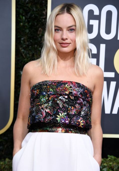 Margot Robbie – 2020 Golden Globe Awards