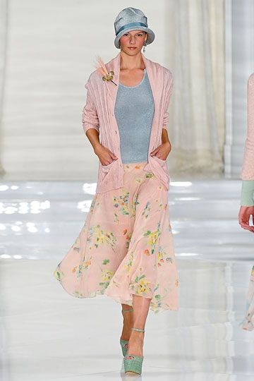 Absolutely adore Ralph Lauren Spring 2012 collection.  Great Gatsby coming back!