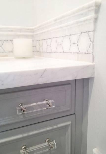 Pin By Tee On Julia S Bathroom In 2020 White Marble Countertops