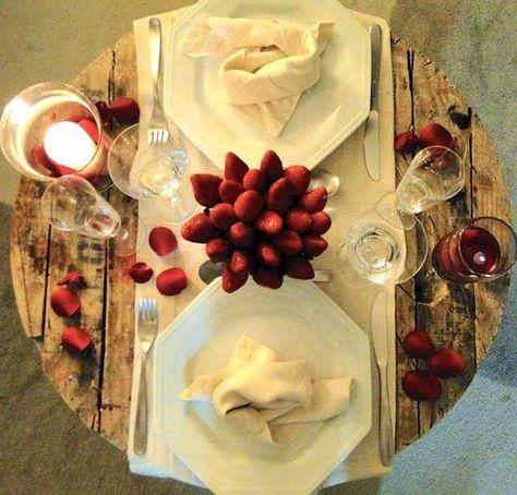 8 Anos De Casamento Bodas De Barro Ou Papoula Romantic Dinners