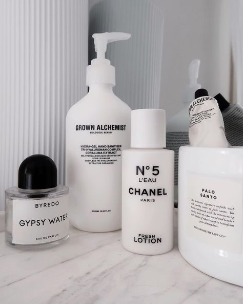 """Digital Content Creator on Instagram: """"🤍🤍🤍🤍 • • • • #fridayvibes #friday #love #lovethis #welovechanel #chanel #perfume #perfumecollection #byredo #meccacosmetica…"""""""