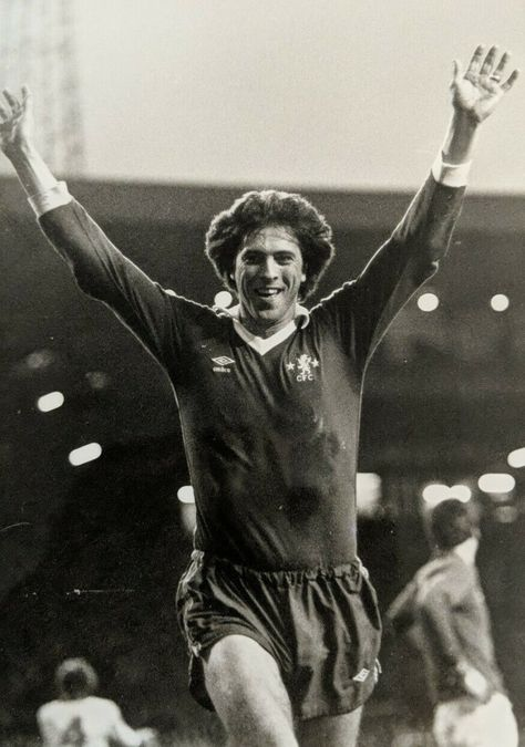 Colin Lee of Chelsea in 1977. | Historical figures, Chelsea ...
