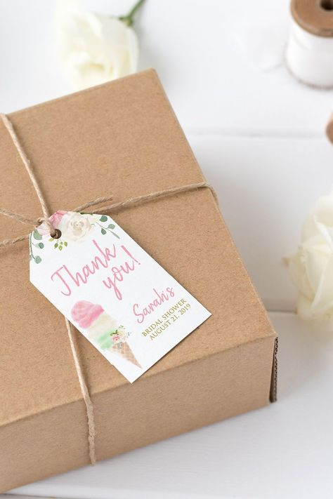 Finish off your favor gifts with a favor tag. #BridalShower #Favortag #ShowerFavors