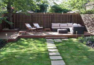 Do It Yourself Backyard Ideas For Summer Better Homes And Gardens In 11 Clever Tricks Of How To B Rustic Backyard Small Backyard Landscaping Small Patio Garden