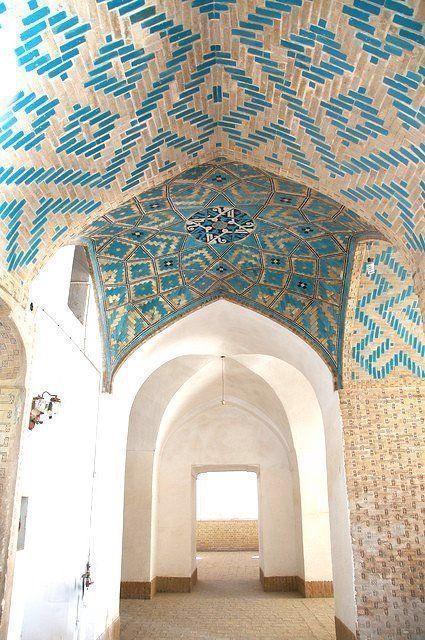 مسجد مدخل باب سقف القرميد والطوب Islamic Architecture Persian Architecture Iranian Architecture