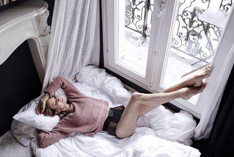 kuni-devushka-foto-v-posteli