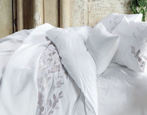 Vandyck kussen simple essenza sloop satin white with vandyck