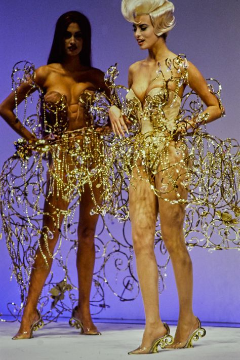 Mugler Spring 1992 Ready-to-Wear Fashion Show - Linda Evangelista, Niki Taylor