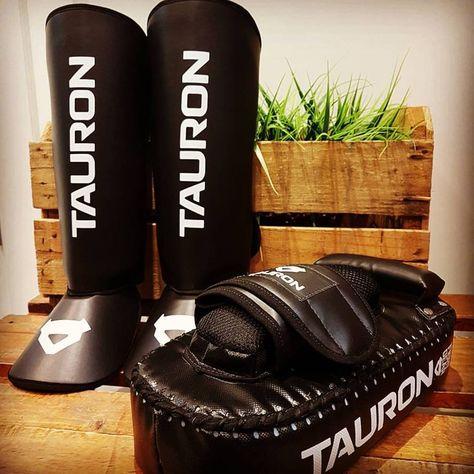Equipamentos de luta - Tauron  MMA  Aparador  Caneleira  afa23df086b58