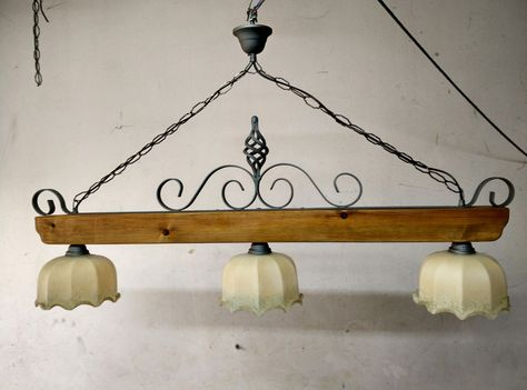 Lampadario Stile Rustico : Lampadario rustico in ferro battuto e legno vetro mod. bilanciere 3